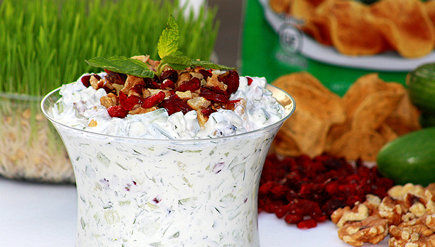 "... and Mint Yogurt Dip ""Mast-O-Khiar"""" 