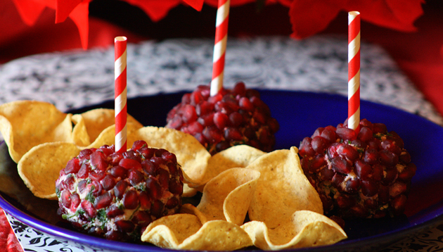 DC_Recipe_Dippin Chips Bedazzled Pomegranate Cheese Balls